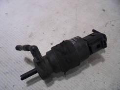 Мотор бачка омывателя. Audi A6, 4F5/C6, 4F2/C6
