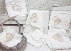 Махровое полотенце с капюшоном (вышивка) Мишка с улиткой