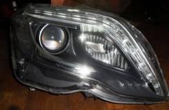 Фара Mercedes-Benz GLK X204, правая передняя