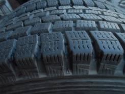 Dunlop SP LT 2. Зимние, без шипов, 2010 год, износ: 10%, 2 шт