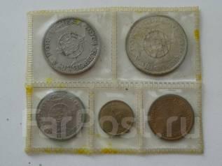Макао набор из 5 монет. 5 патак серебро 650 пр.