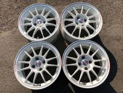 OZ Racing Superleggera. 7.0x15, 4x100.00, ET37, ЦО 67,0 мм.
