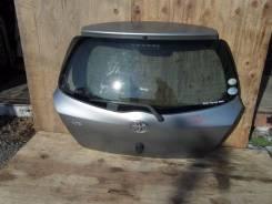 Дверь багажника. Toyota Vitz, SCP90