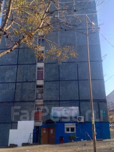 Гостинка, улица Окатовая 14. Чуркин, 20 кв.м. Дом снаружи