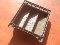 Клапан вентиляции. Nissan Presage, VU30 Двигатели: YD25DDTI, YD25DDT