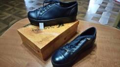 Распродажа остатков женской обуви в ассортименте (всё по 500 руб. ). Акция длится до 30 ноября