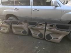 Обшивка двери. Toyota Land Cruiser, HDJ101, UZJ100