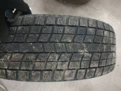 Bridgestone ST20. Зимние, без шипов, износ: 40%, 1 шт