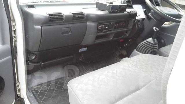 Mazda Titan. Продается грузовик со съемной будкой, 4 777 куб. см., 2 000 кг.