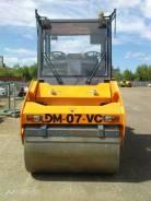 Завод ДМ DM-07-VD. Каток дорожный двухвальцовый вибрационный DM-07-VD вес 8 т., 3 000куб. см.