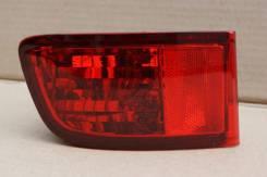 Катафот в бампер (отражатель бампера) Toyota Hilux Surf 60-98, левый задний
