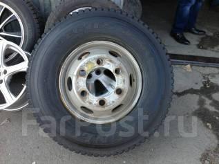 Продам зимние грузовые колеса 225/90/17,5, в отл сост Dunlop. x17.5