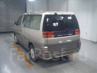 Лючок топливного бака. Nissan Elgrand, ATWE50, ALE50, AVE50, ALWE50, APE50, ATE50, APWE50, AVWE50 Двигатели: VQ35DE, VG33E, QD32ETI