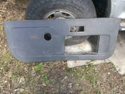 Обшивка двери. Mitsubishi Pajero