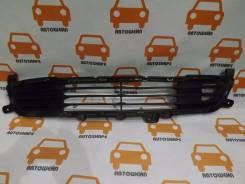 Решётка в передний бампер Mitsubishi Outlander