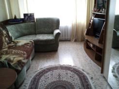 2-комнатная, улица Приморского Комсомола 35. частное лицо, 52 кв.м. Комната