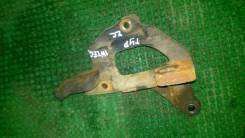 Крепление гидроусилителя. Honda Integra, DB6 Двигатель ZC