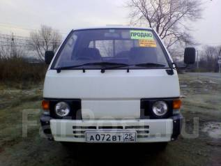 Nissan Vanette. Бензиновый грузовик, 1 500 куб. см., 1 000 кг.