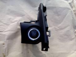 Накладка кнопки запуска Toyota Camry V50 55480-33140-C0. Toyota Camry, ASV50, ASV51, AVV50, GSV50 Двигатели: 2ARFE, 2ARFXE, 2GRFE, 6ARFSE