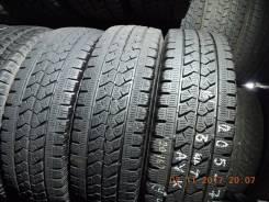 Bridgestone Blizzak W979. Зимние, без шипов, 2015 год, износ: 20%, 1 шт