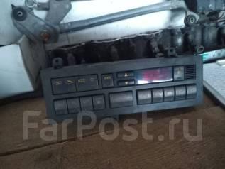 Кронштейн климат-контроля. Mitsubishi Pajero, V46WG, V46V, V46W