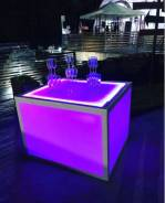 Аренда столов, цветной куб, welcome зона, пирамида из бокалов