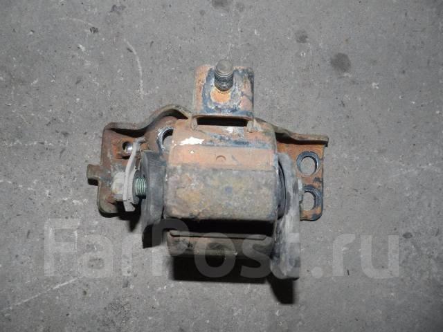 Подушка двигателя. Toyota Vista, SV30, SV40 Toyota Camry, SV30, SV40 Двигатель 4SFE