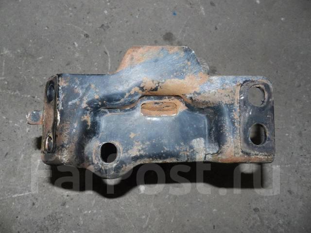Подушка двигателя. Toyota Camry, SV30, SV40 Toyota Vista, SV30, SV40 Двигатель 4SFE