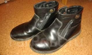 Ботинки 32 р-р за 2 киндера