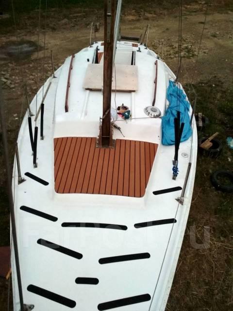 Продам парусную яхту Нефрит -2