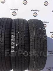 Dunlop DSV-01. Зимние, без шипов, 2013 год, износ: 20%, 2 шт