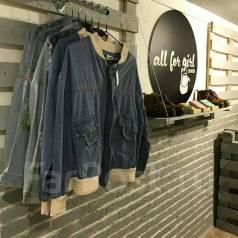 Продам Шоурум женской одежды в центре
