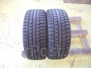 Pirelli. Зимние, без шипов, 2013 год, износ: 10%, 2 шт