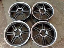 Sparco. 7.5/8.5x17, 5x114.30, ET30/35, ЦО 73,1мм.