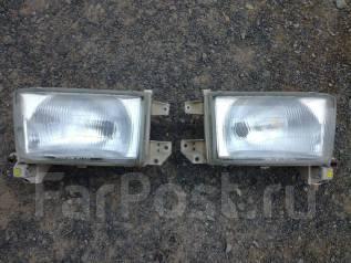Фара. Toyota Hilux Surf, RZN185W, RZN185