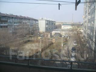 2-комнатная, ул.Фрунзе. частное лицо, 53 кв.м. Вид из окна днём