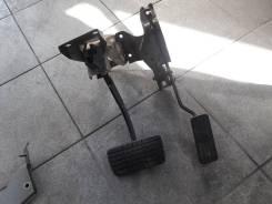 Педаль. Subaru Forester, SF5
