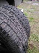 Dunlop SP Winter ICE 01. Зимние, шипованные, 2013 год, износ: 40%, 2 шт