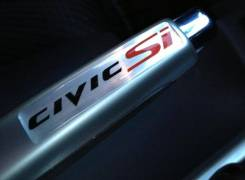 """Объёмная наклейка на ручник """"Civic Si"""". Honda Civic"""