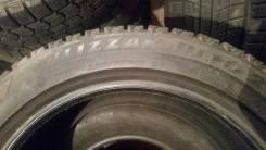 Bridgestone Blizzak Revo2. Зимние, без шипов, 2017 год, износ: 5%, 4 шт