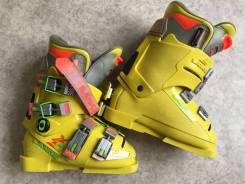 Ботинки лыжные. 32