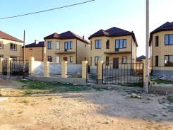 Продается шикарный дом 140 кв. м. на 6 сотках в ст-це Анапской. Мира, р-н Анапская, площадь дома 140,0кв.м., скважина, электричество 15 кВт, отоплен...