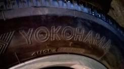 Yokohama Ice Guard. Зимние, шипованные, износ: 10%, 4 шт