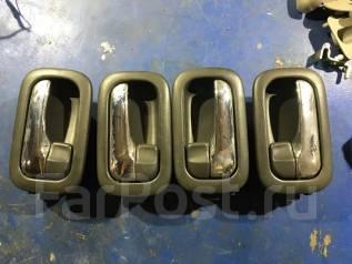 Накладка на ручку двери внутренняя. Nissan X-Trail, T30, NT30 Двигатели: QR25DE, QR20DE, YD22ETI