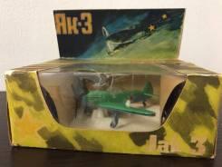Модель самолёта истребитель Як 3 игрушки СССР 1:72 винтаж раритет.