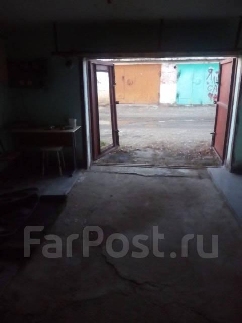 Гаражи кооперативные. Бойко-Павлова, р-н с. Некрасовка, 24 кв.м., электричество, подвал.