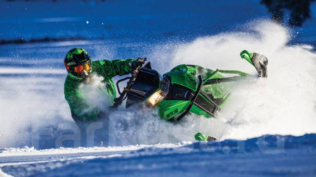 Arctic Cat M 8000. исправен, есть птс, без пробега