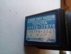 Датчик абсолютного давления. Toyota Vista, SV40, SV41, SV42, SV43 Toyota Camry, SV40, SV41, SV42, SV43 Двигатели: 3SFE, 4SFE