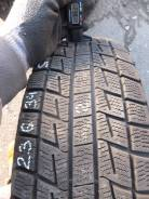 Bridgestone ST30. Зимние, без шипов, 2011 год, износ: 10%, 2 шт. Под заказ