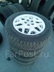 Литые диски оригинал Toyota + 195/65R15 отличная зима. 6.0x15 5x100.00 ET45 ЦО 54,1мм.